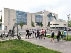 德国新冠重症患者数再度突破1500人
